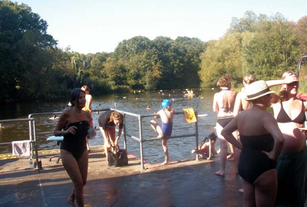 London bathing ponds at hampstead heath for Female only swimming pool london
