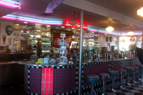 Port Townsend: Nifty Fiftys Soda Fountain