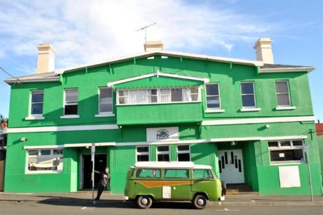 Hobart: The Pickled Frog Backpackers