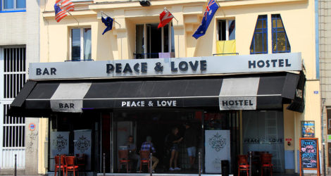Paris: Peace & Love Hostel