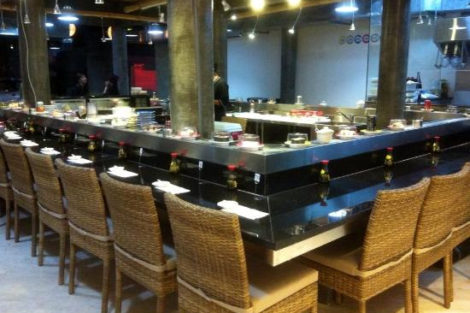Seminyak: Cheap Sushi on a Friday at Sushimi