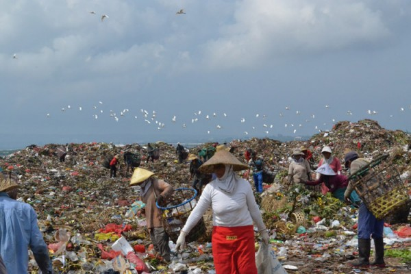 I Ate Ice Cream at Bali's Biggest Rubbish Dump
