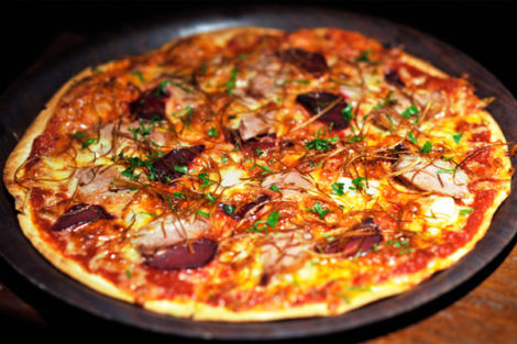 Sydney: $3 Pizza at Café Lounge