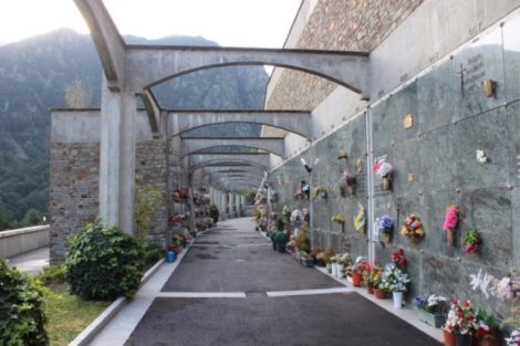 Andorra: Cemetery La Plana