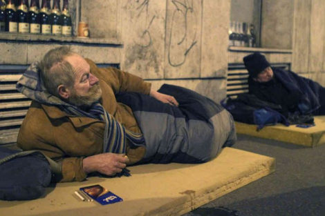 Getting Kicked by a Homeless Man in Budapest Broke My 20-Year Nail-biting Habit